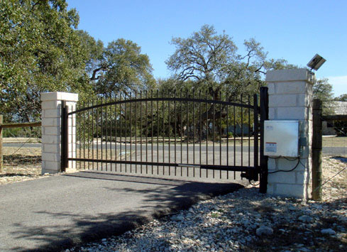 auto swing out driveway gate black metal