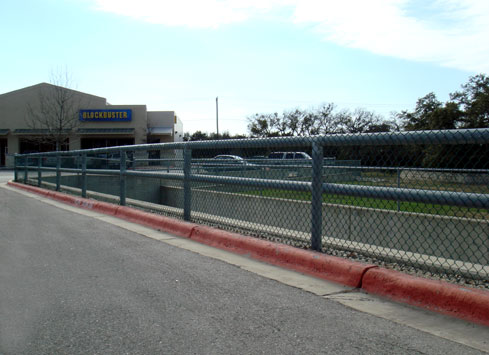 chain link fence guardrail shopping center