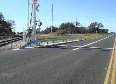 guardrail at railroad crossing